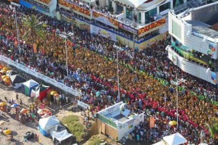 Mesmo sem Ivete, foliões apostam em Salvador