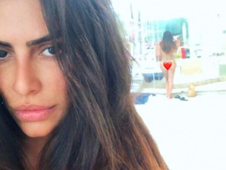 Cleo Pires posta selfie e espelho mostra corpo nu: 'Bumbum perfeito'