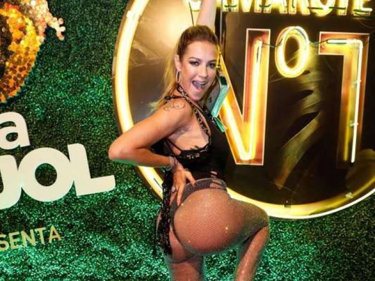 ContextoExato - Luana Piovani deixa bumbum à mostra no Carnaval e ...