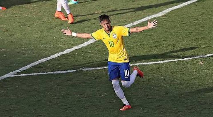 Neymar fica em observação e será reavaliado em 6 semanas