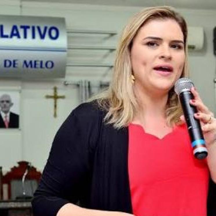 "Marília Arraes: ""Político precisa ter lado"""