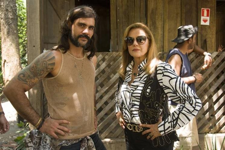O Outro Lado do Paraíso: Mariano sobrevive a tesouradas de Sophia
