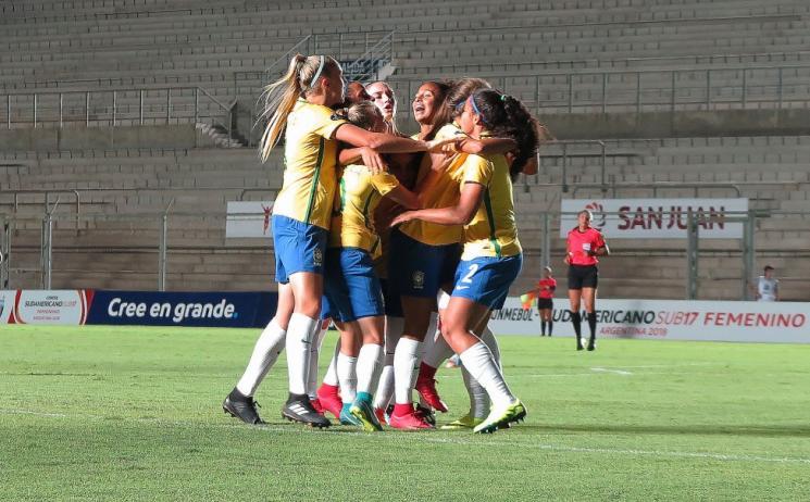 Brasil vence a Argentina no Sul-Americano Feminino