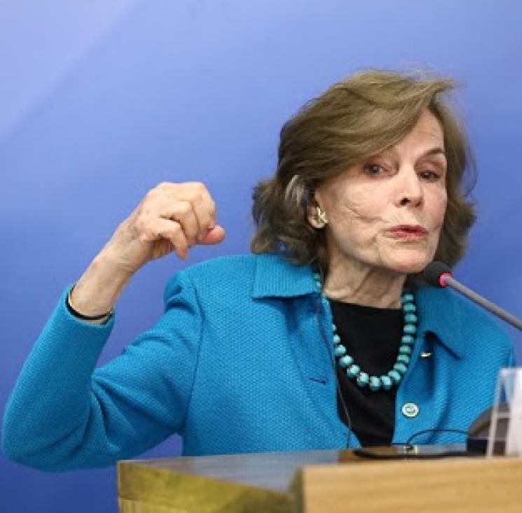 Cuidar dos oceanos é salvar o planeta, diz especialista Sylvia Earle