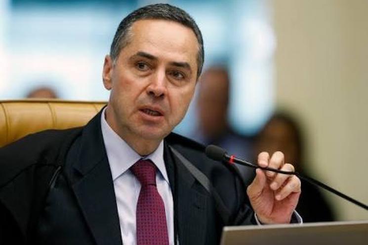 Barroso confirma suspensão de indulto para crimes de corrupção