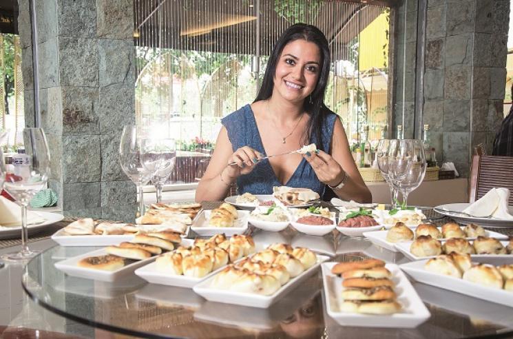 Árabe, Gastronomia de Fámilia