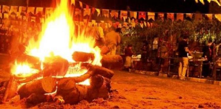 Resultado de imagem para fogos e fogueira festa junina