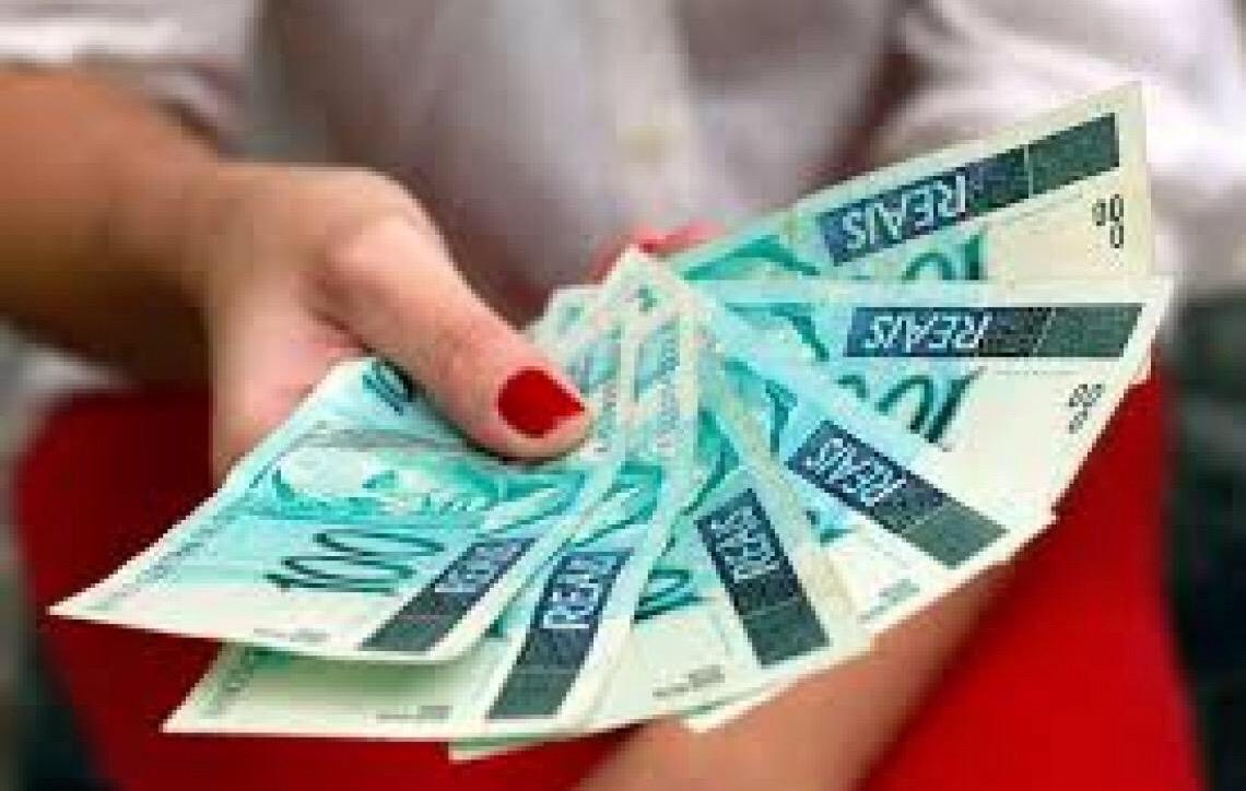 CAIXA disponibiliza R$ 5,7 bilhões para empresas financiarem 13º dos empregados