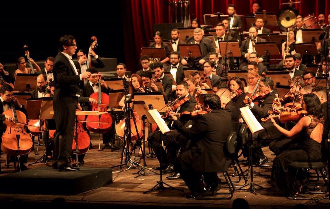 Orquestra do Teatro Nacional faz concerto com Kristina Miller