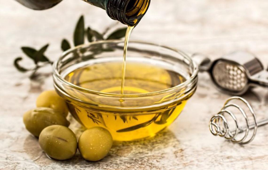 7 marcas de azeite comercializadas no Brasil são reprovadas após testes