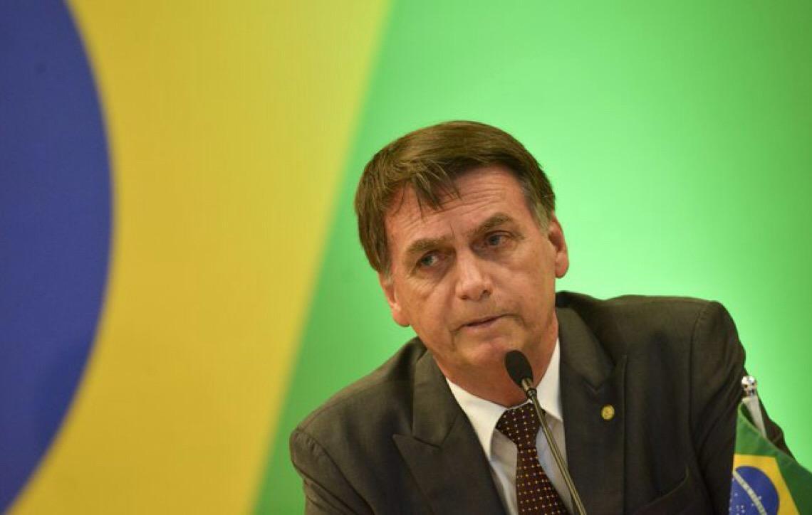 Bolsonaro pretende acabar com farra de apadrinhados políticos no BB e na CEF