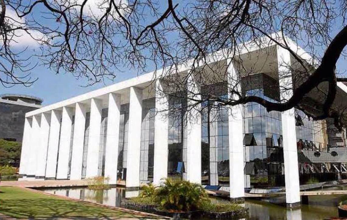 Contrato entre banco e consumidor é declarado parcialmente nulo por falta de clareza