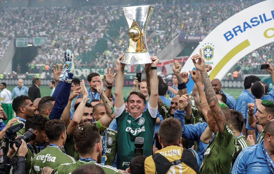 Segurança reforçada permite a Bolsonaro um 'tour completo' na arena do Palmeiras