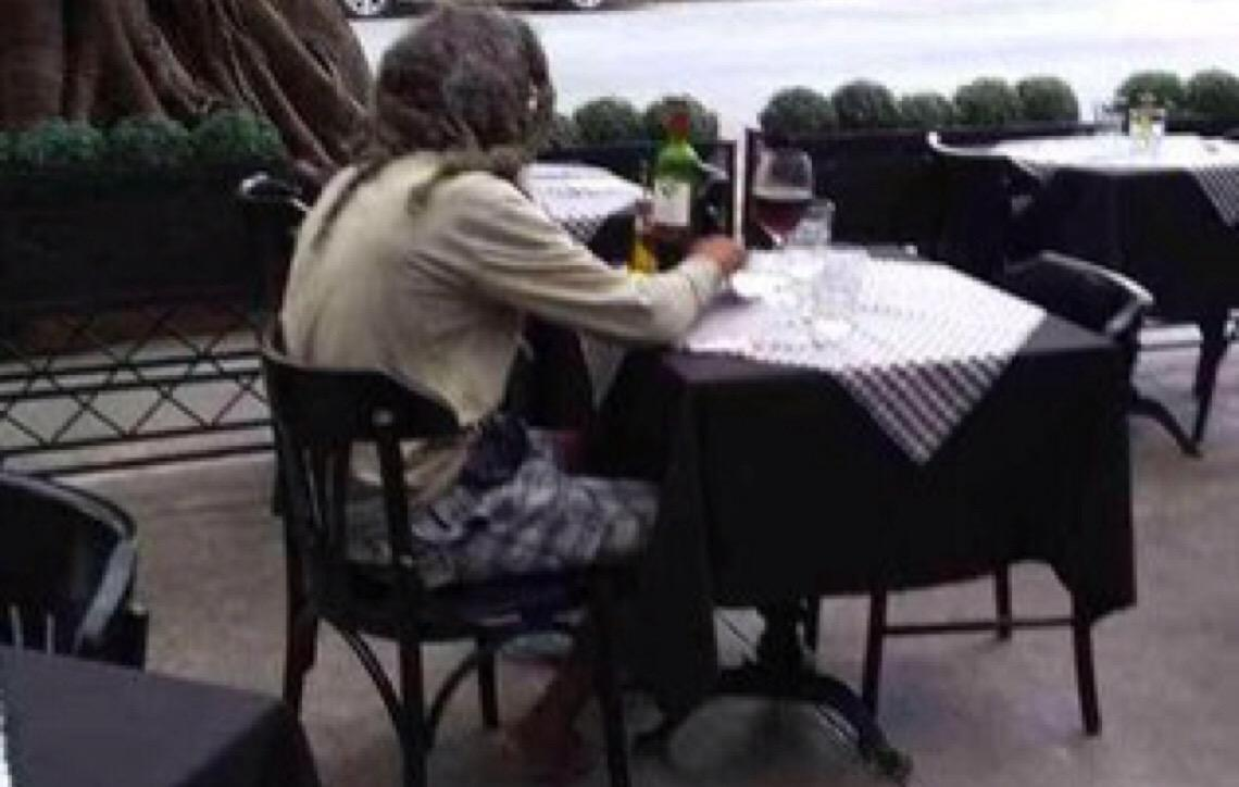Belo Horizonte. Catador vai a restaurante de luxo com R$ 50, é atendido e viraliza