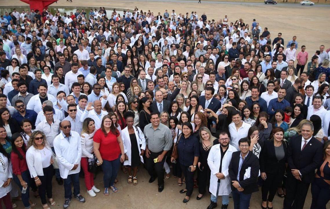 Escola de Saúde do DF oferece 160 vagas para medicina e enfermagem
