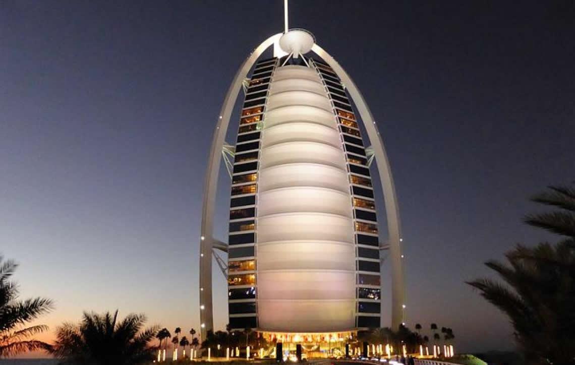 Viaje para Dubai, uma opção de cidade moderna e inusitada