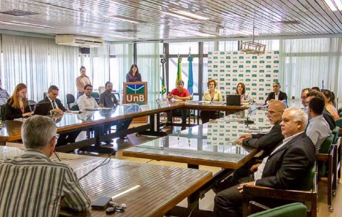 Universidade de Brasília terá usinas fotovoltaicas e novo banheiro acessível