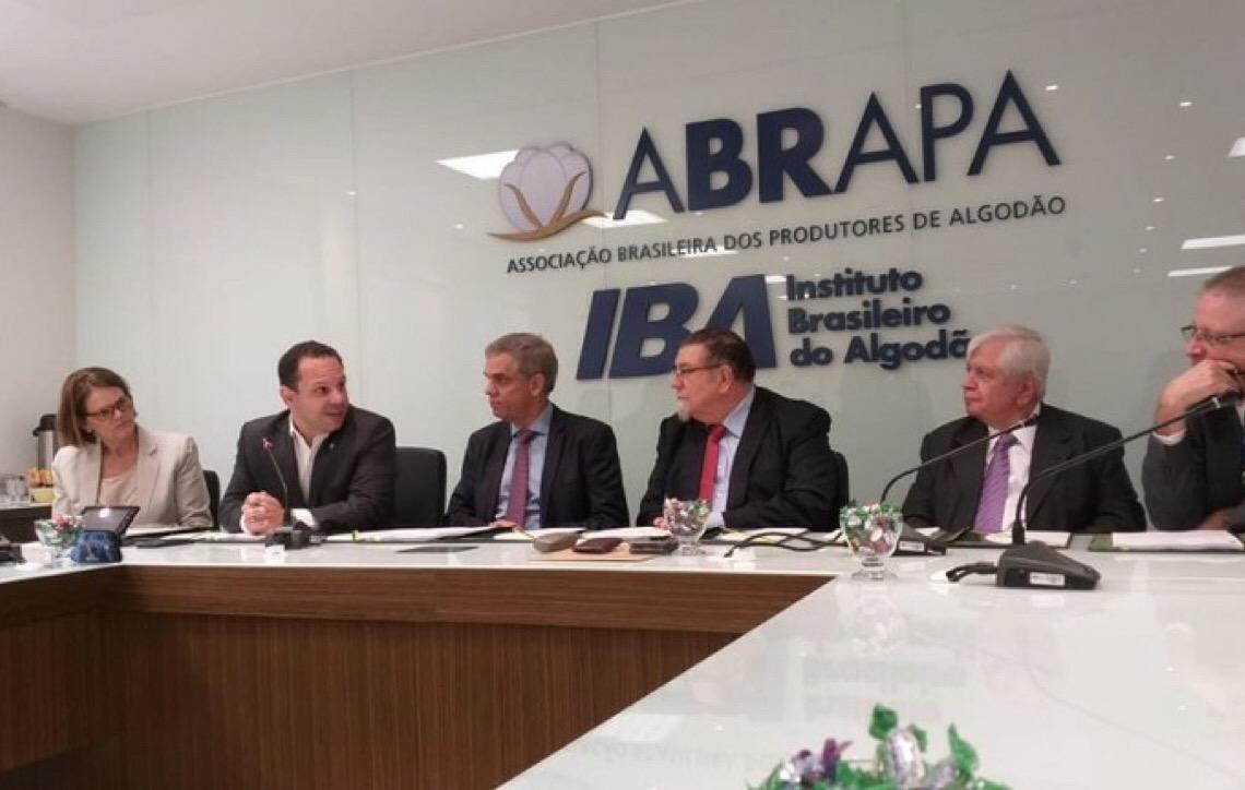 Ministério da Agricultura e Iba lançam Sistema Integrado de Agrotóxicos