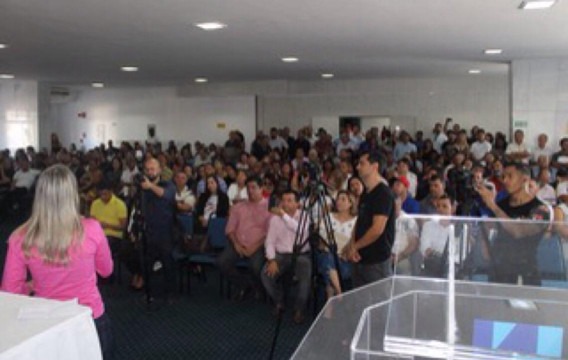 Jaqueline Silva assume presidência do PTB do DF