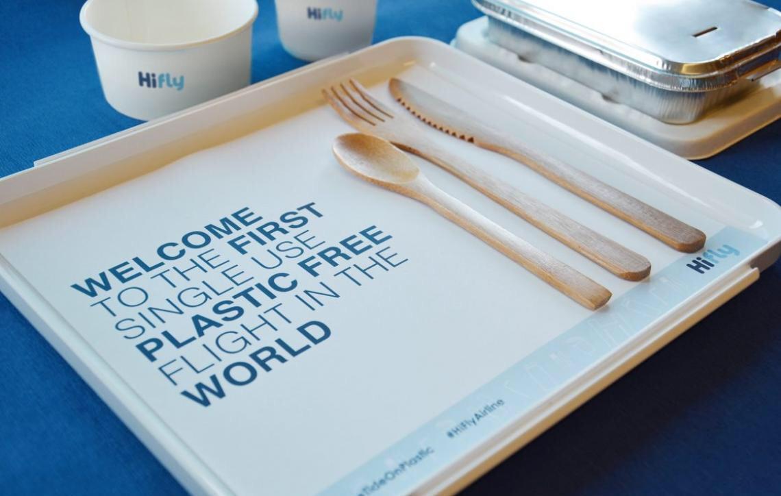 Primeiro voo livre de plástico descartável sai de Portugal para Brasil