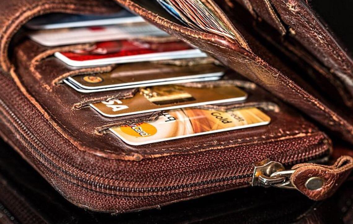 Vale a pena trocar minha conta em banco por uma conta digital?