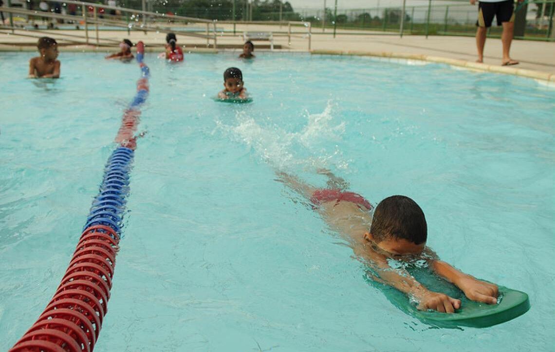 Saiba como evitar acidentes com crianças nas férias escolares