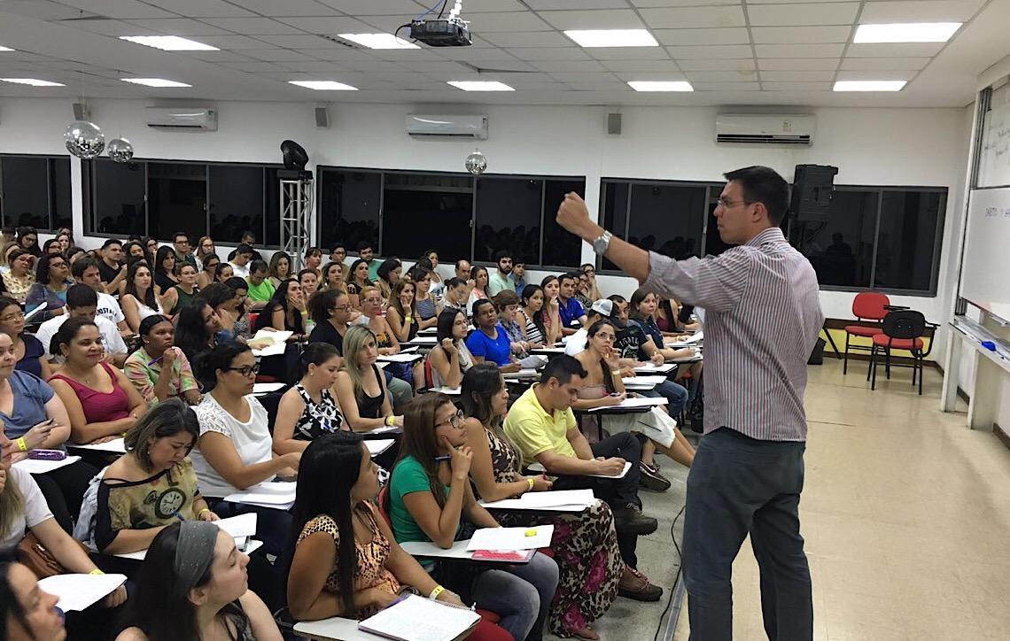 Aulões beneficentes movimentam a rotina de estudos dos concursandos em Brasília