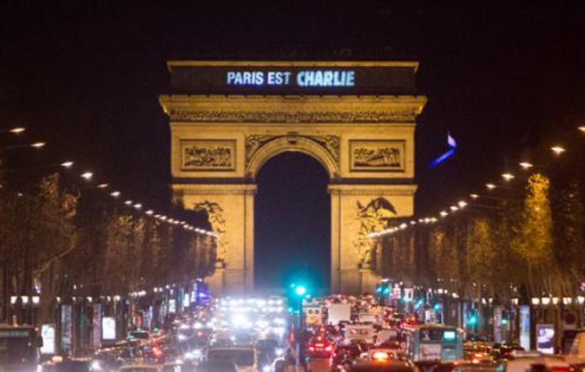 Após quatro anos de ataque, Charlie Hebdo faz edição especial contra 'obscurantistas'