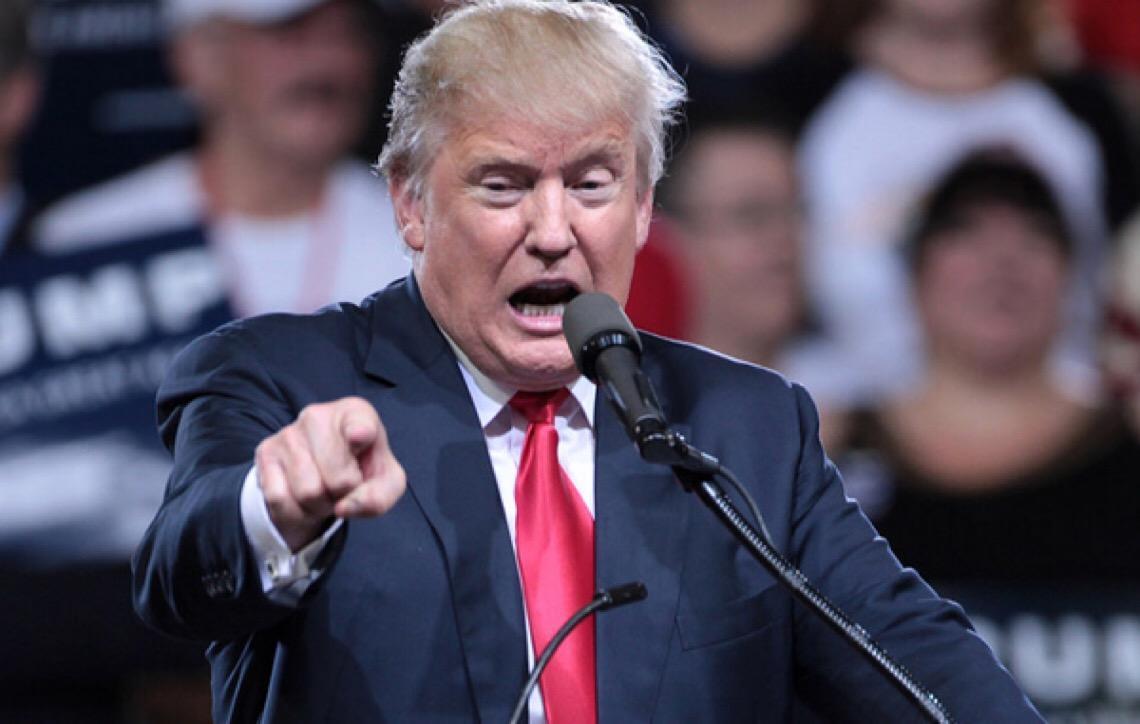 Em discurso na TV. Trump volta a defender construção de muro na fronteira com México