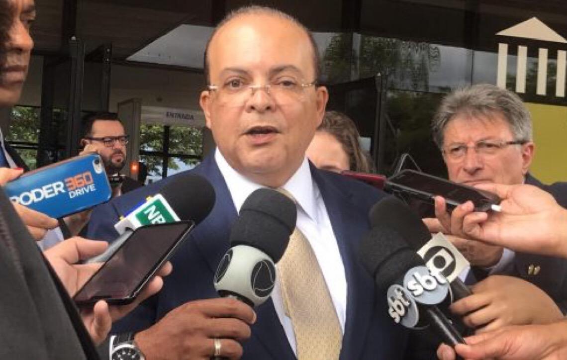 Governador de Brasília Ibaneis Rocha sanciona orçamento de 2019