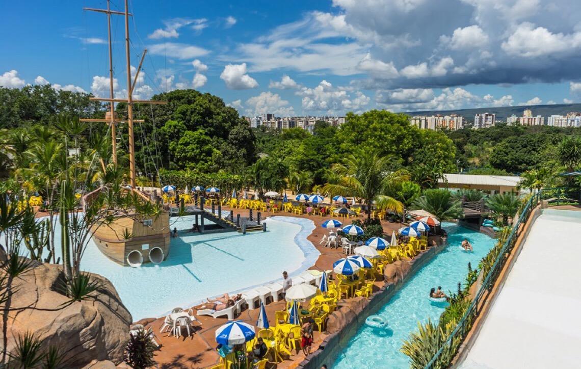 Conheça os destinos nacionais com águas quentes para relaxar