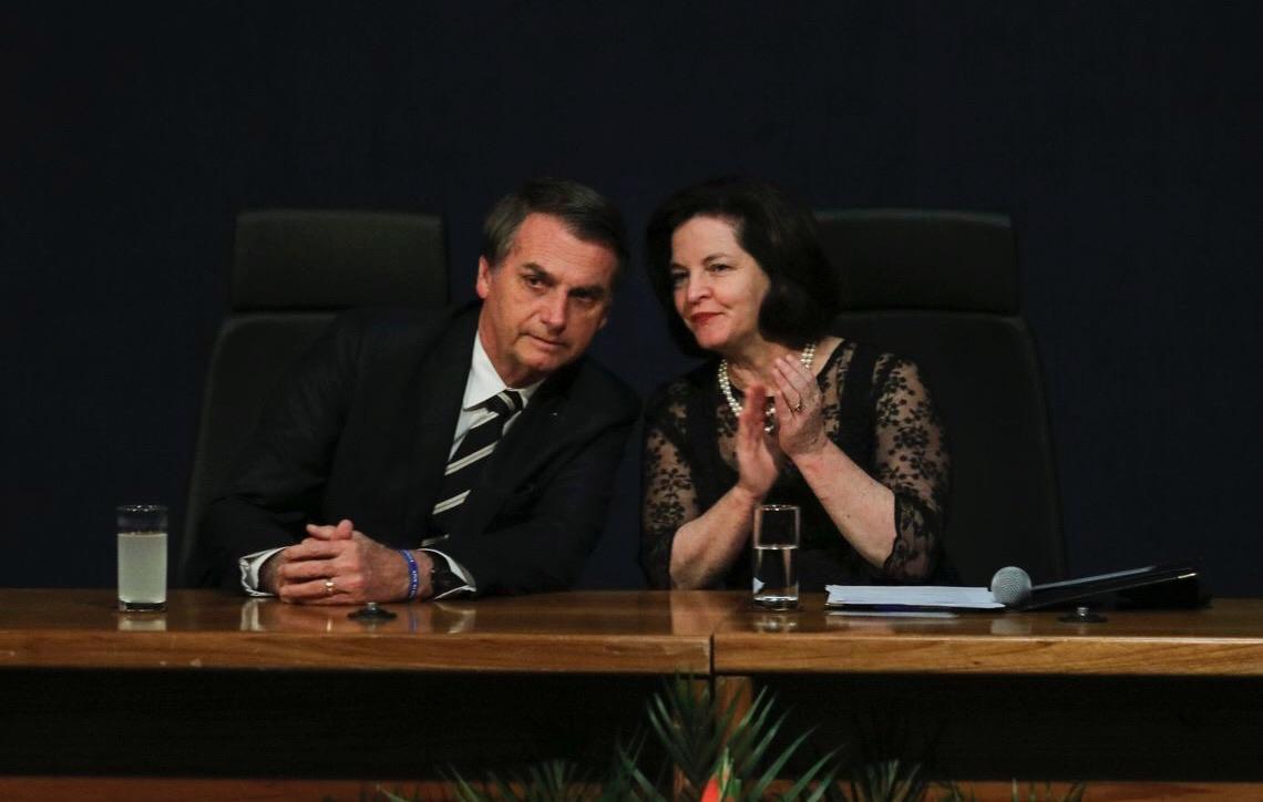 Jair Bolsonaro inaugura mandato de mudanças, diz Raquel Dodge
