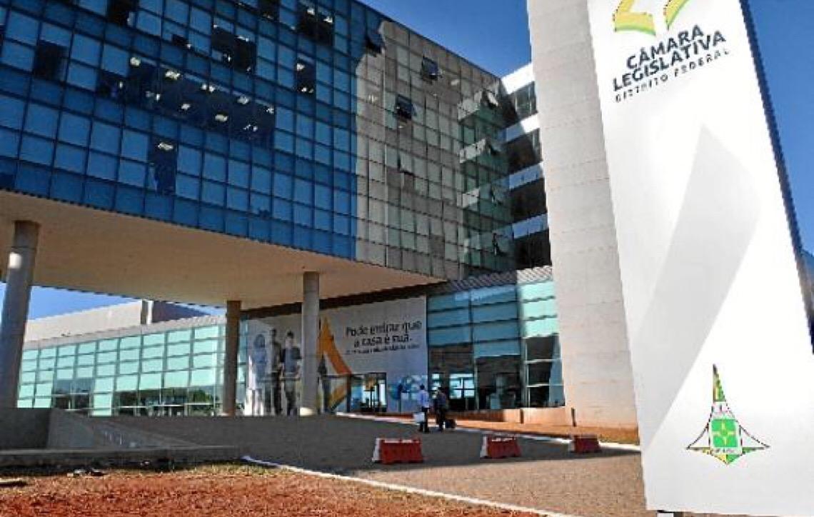 Em Brasília. Deputados distritais resistem à convocação