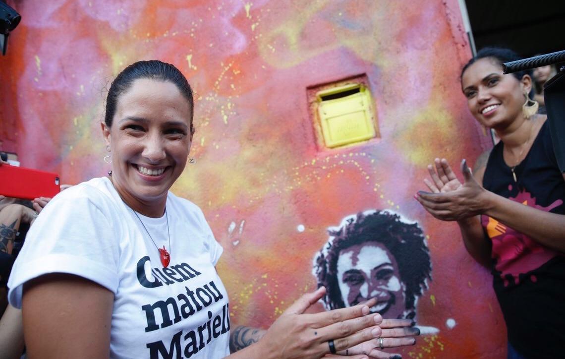 Grafites em homenagem a Marielle Franco e Maria da Penha são refeitos no Rio de Janeiro