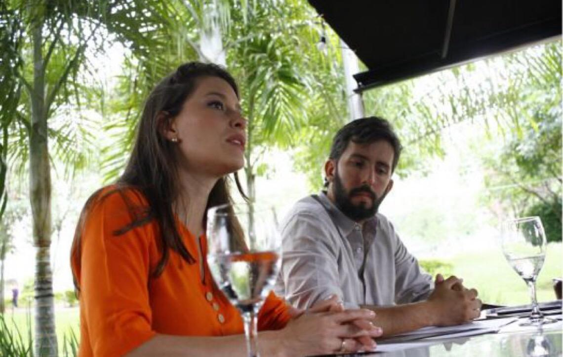 Sexo explícito. Ibaneis Rocha deixou clara a negociação por cargos. Mas ele nega