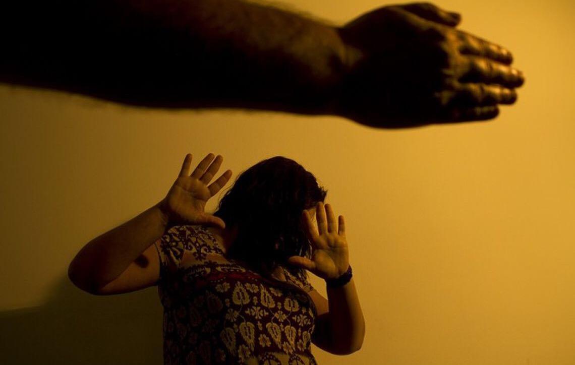 Clubes de futebol no Brasil vão atuar no combate à violência contra a mulher