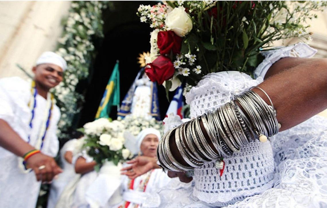 Lavagem do Bonfim comemora tolerância religiosa, mas Brasil segue caminho contrário