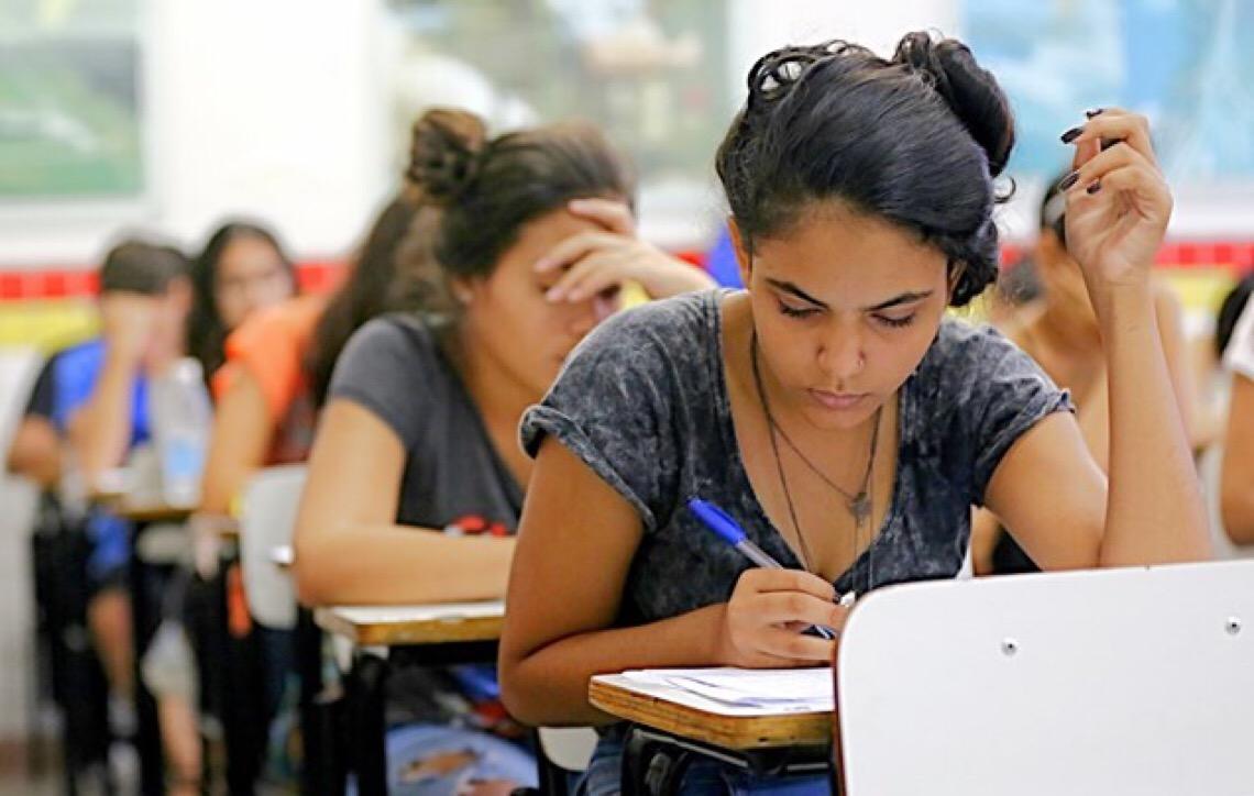 Anhanguera oferece palestras e minicursos para estudantes de Brasília