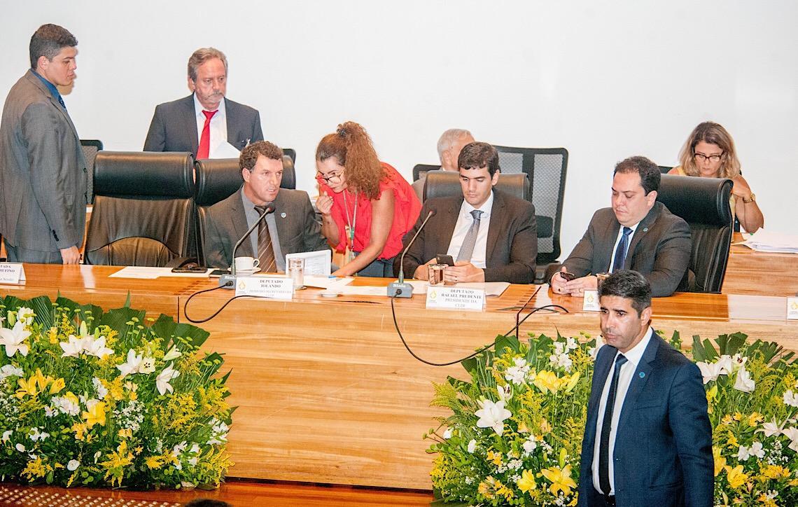 Questões da área educacional dominam pronunciamentos na Câmara Legislativa do DF