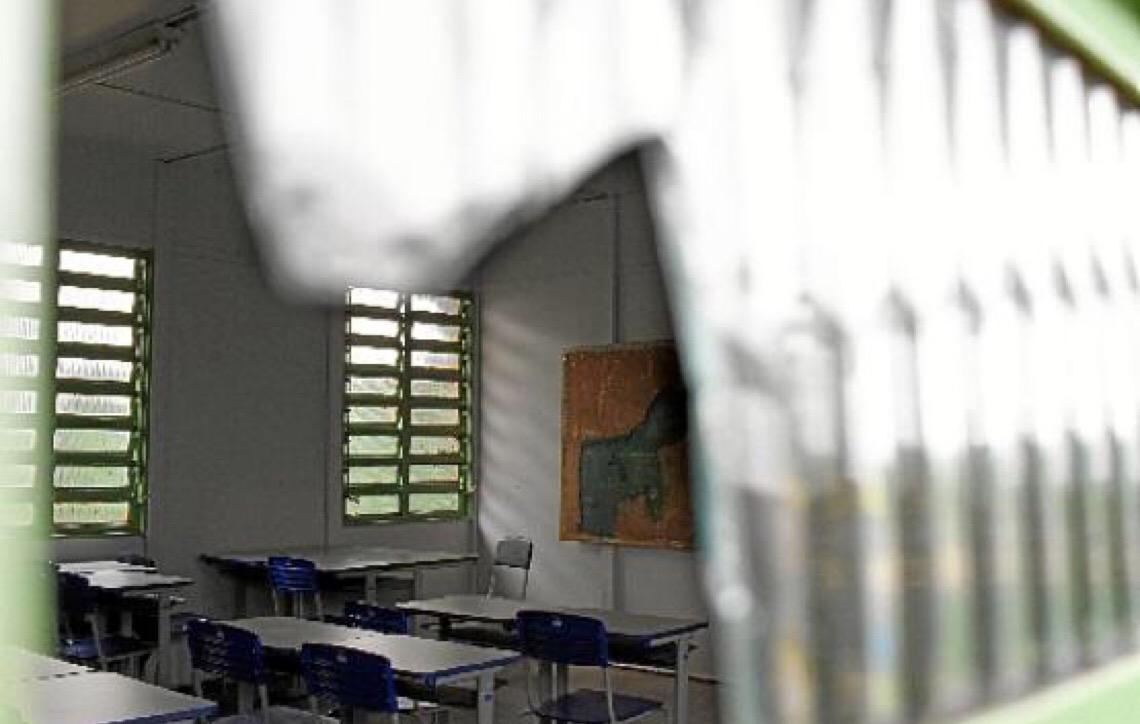 Escolas em Brasília esperam reformas
