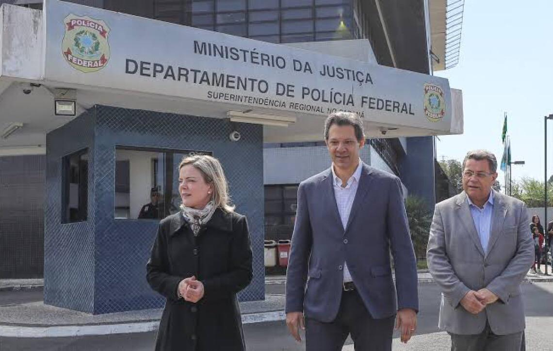 Venezuela gera discussão entre Gleisi Hoffmann e Fernando Haddad em reunião do PT