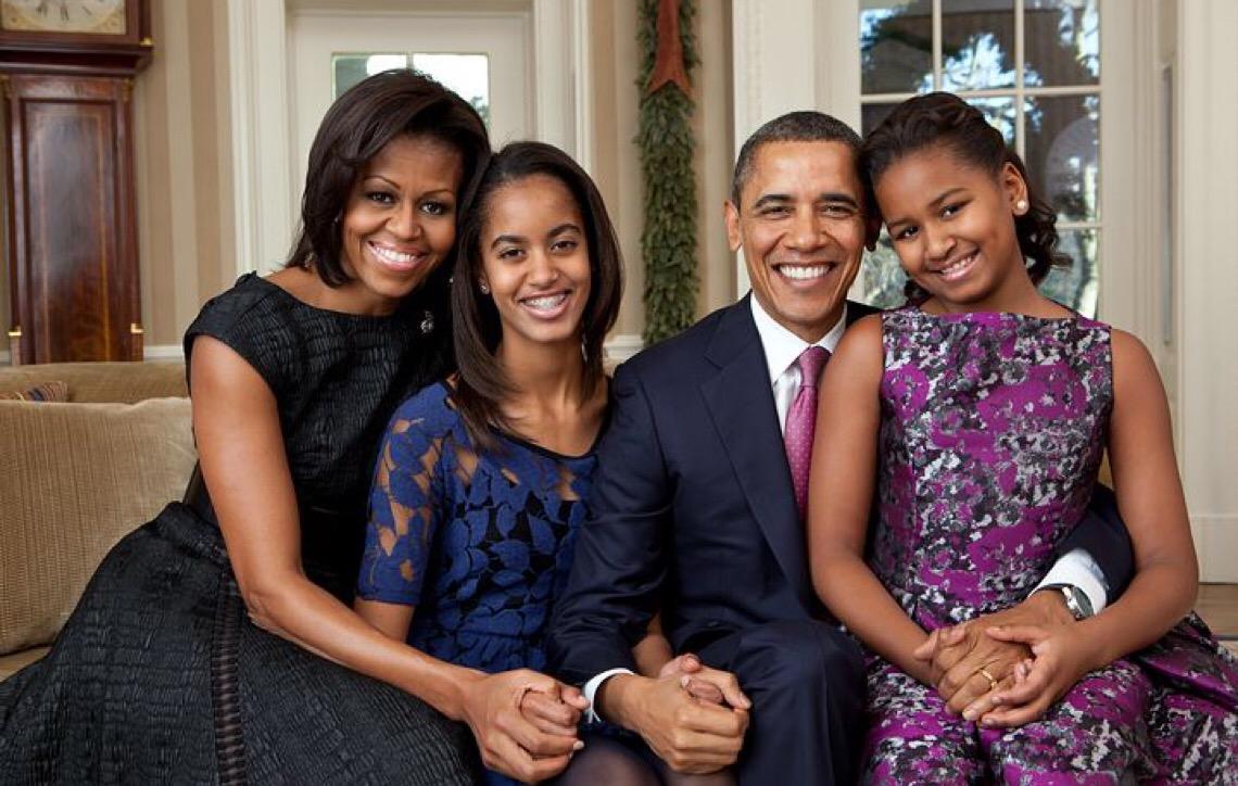 Ex-primeira-dama Michelle Obama surpreende no Grammy com mensagem feminista