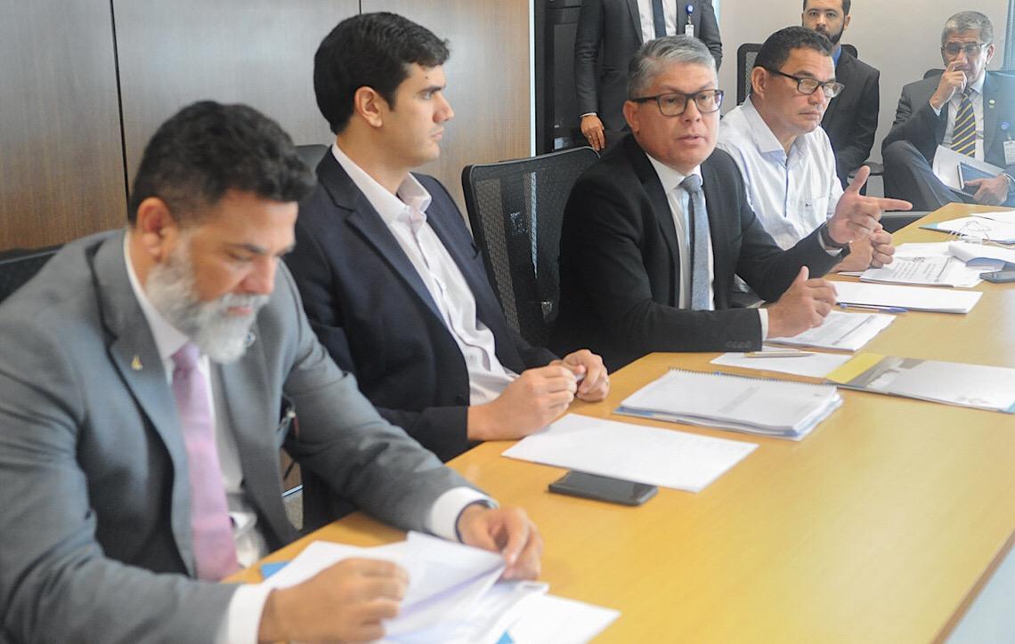 Deputados distritais querem acesso a contratos do Instituto de Gestão Estratégica de Saúde