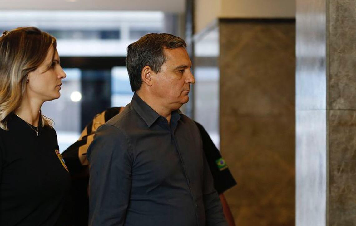 Ex-secretário da Casa Civil do Rio de Janeiro, Régis Fichtner é preso pela Polícia Federal