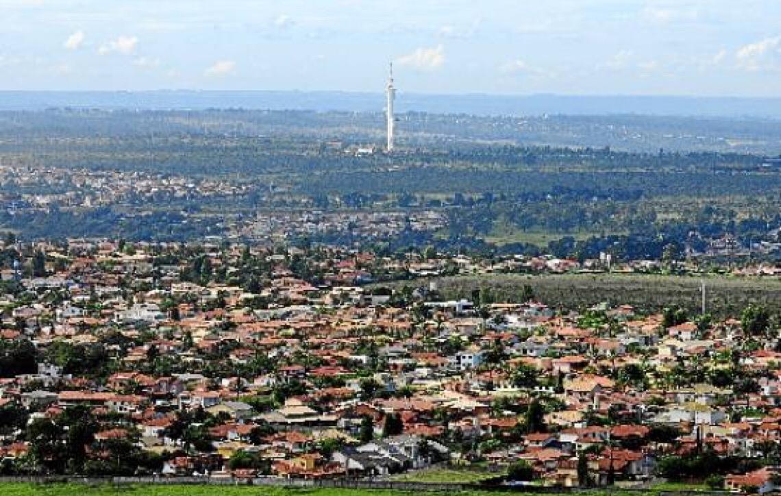 Governo de Brasília quer mediar regularização  de condomínios particulares