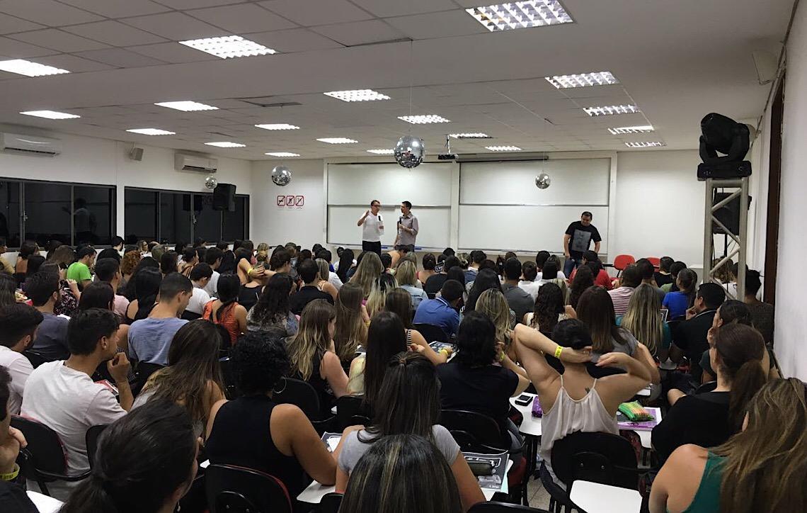 Especialistas dão dicas para concurso do Banco de Brasília