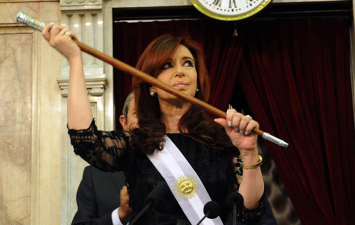Corte Suprema de Justiça da Argentina mantém ordem de prisão contra Cristina Kirchner