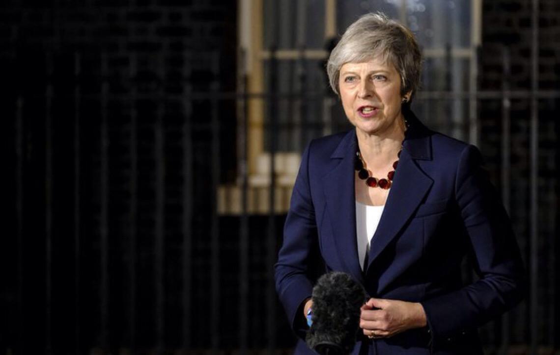 Por 391 votos a 242, Theresa May vê acordo do Brexit ser novamente rejeitado