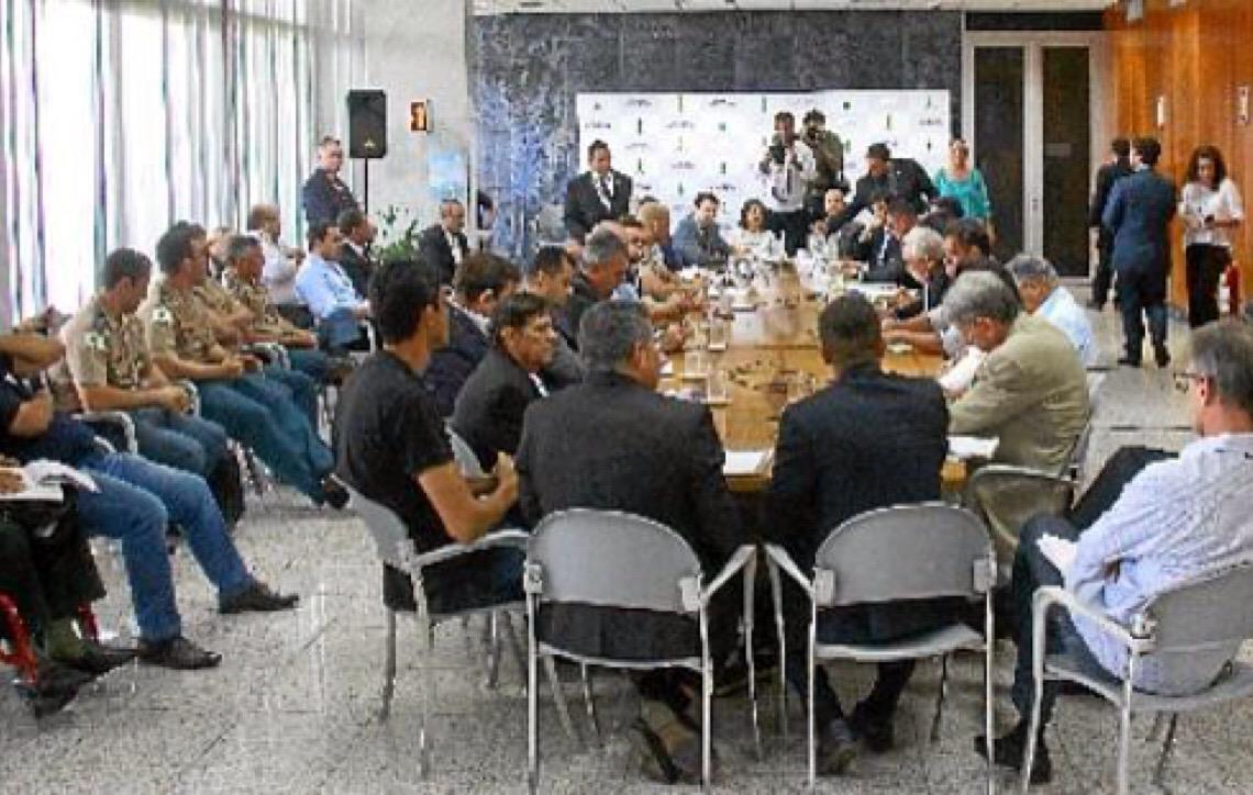 Mal-estar com militares. Servidores preparam ofensiva para cobrar reajustes salariais do governo de Brasília