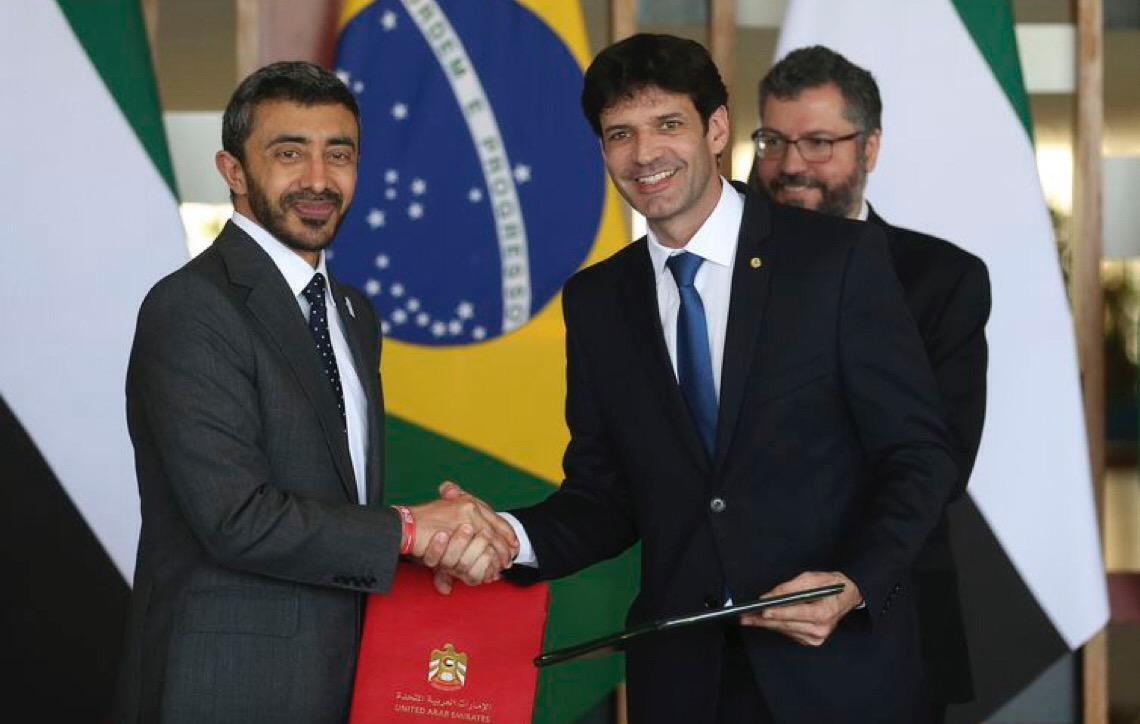 Brasil e Emirados Árabes firmam acordo nas áreas de economia e turismo